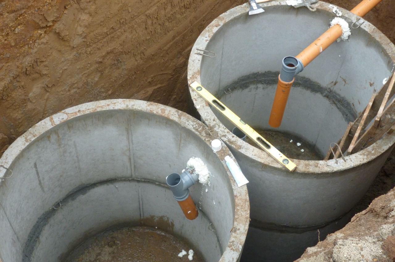 Дачный туалет с близкими грунтовыми водами. Строительные 13