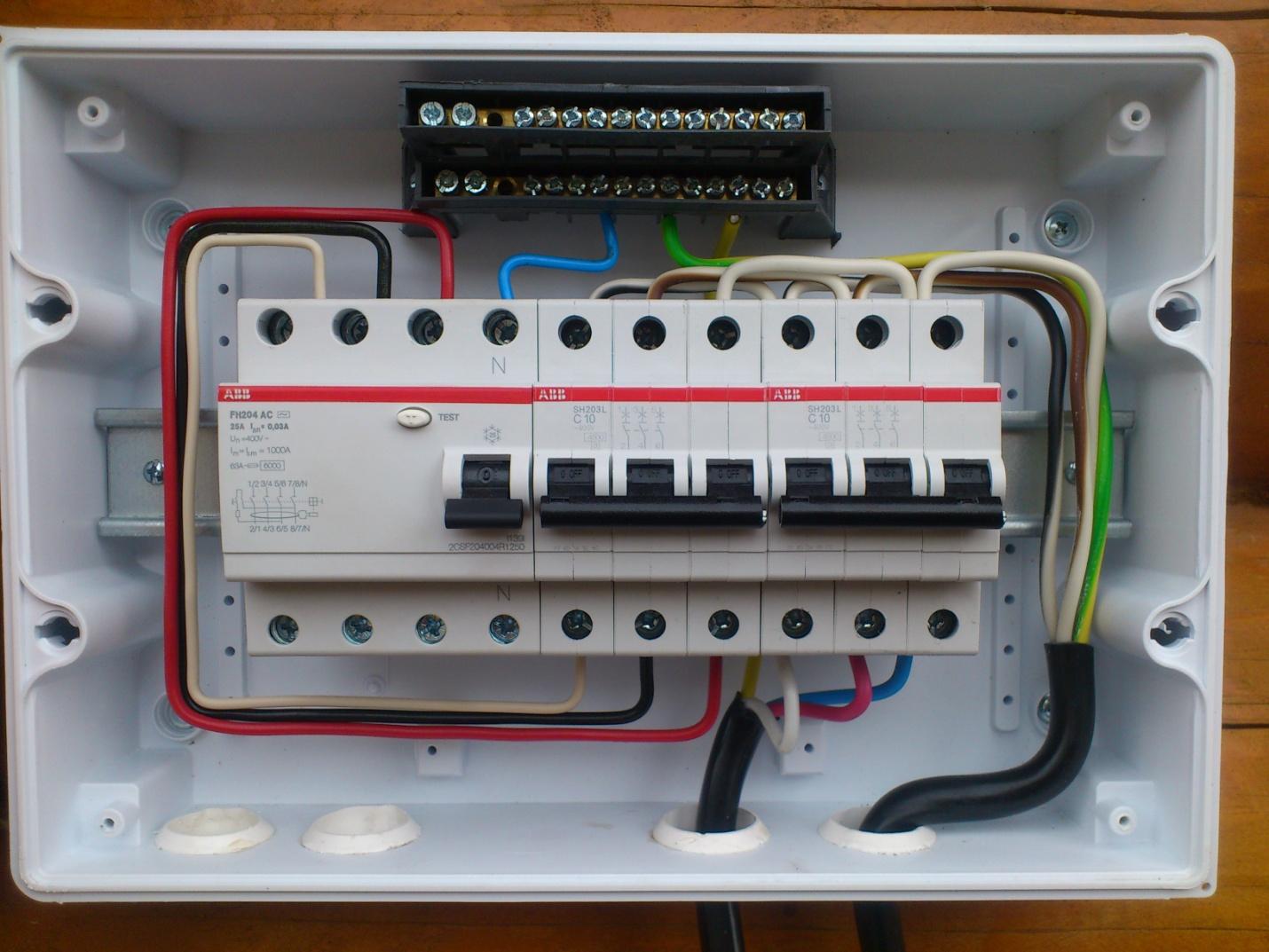 Подключение электрощитка своими руками 66